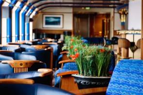 Hurtigruten - MS Nordnorge lounge
