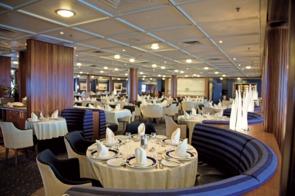 Saga Pearl II - Dining Room