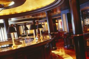 Crystal Cruises - Crystal Serenity Avenue Saloon