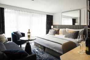 Crystal Mozart - Penthouse