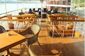 Pandaw Expeditions RV Kalay Pandaw deck 2