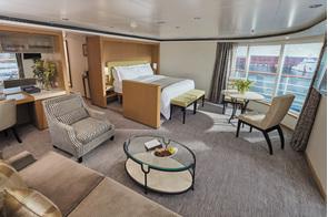 Regent Seven Seas Voyager - Seven Seas Suite