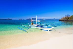 Filipino boat in Boracay, Philippines