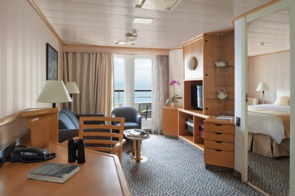 Silver Discoverer Medallion Suite