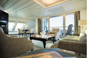 Regent Seven Seas Mariner - Grand Suite