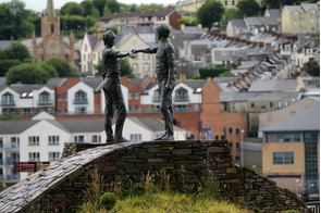 Hands Across the Divide peace statue, Derry, Northern Ireland