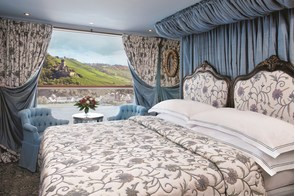 Uniworld River Cruises - S.S. Antoinette suite