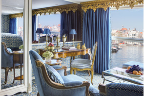 Uniworld - S.S. Maria Theresa - Royal Suite