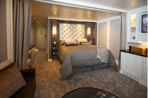 Regent Seven Seas Splendor - Superior Suite