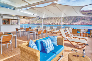Lindblad Expeditions - National Geographic Quest - Sun deck