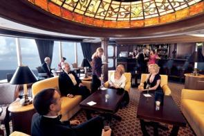 Queen Victoria Grills Lounge