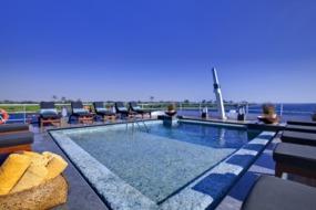 Nile Adventurer swimming pool