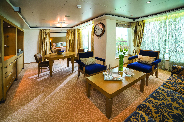 Regent Seven Seas Voyager Suite