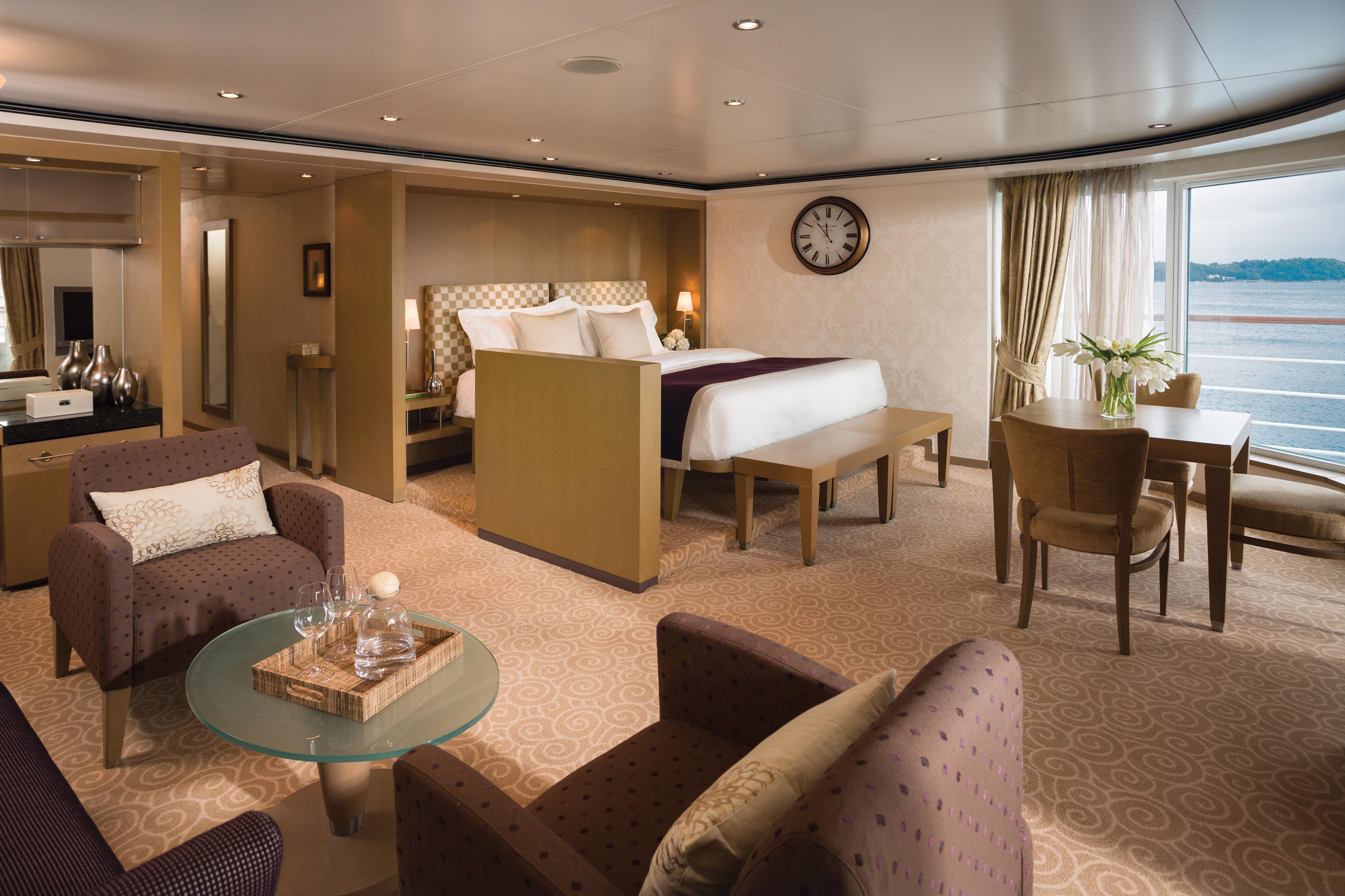 Regent Seven Seas Voyager Seven Seas Suite
