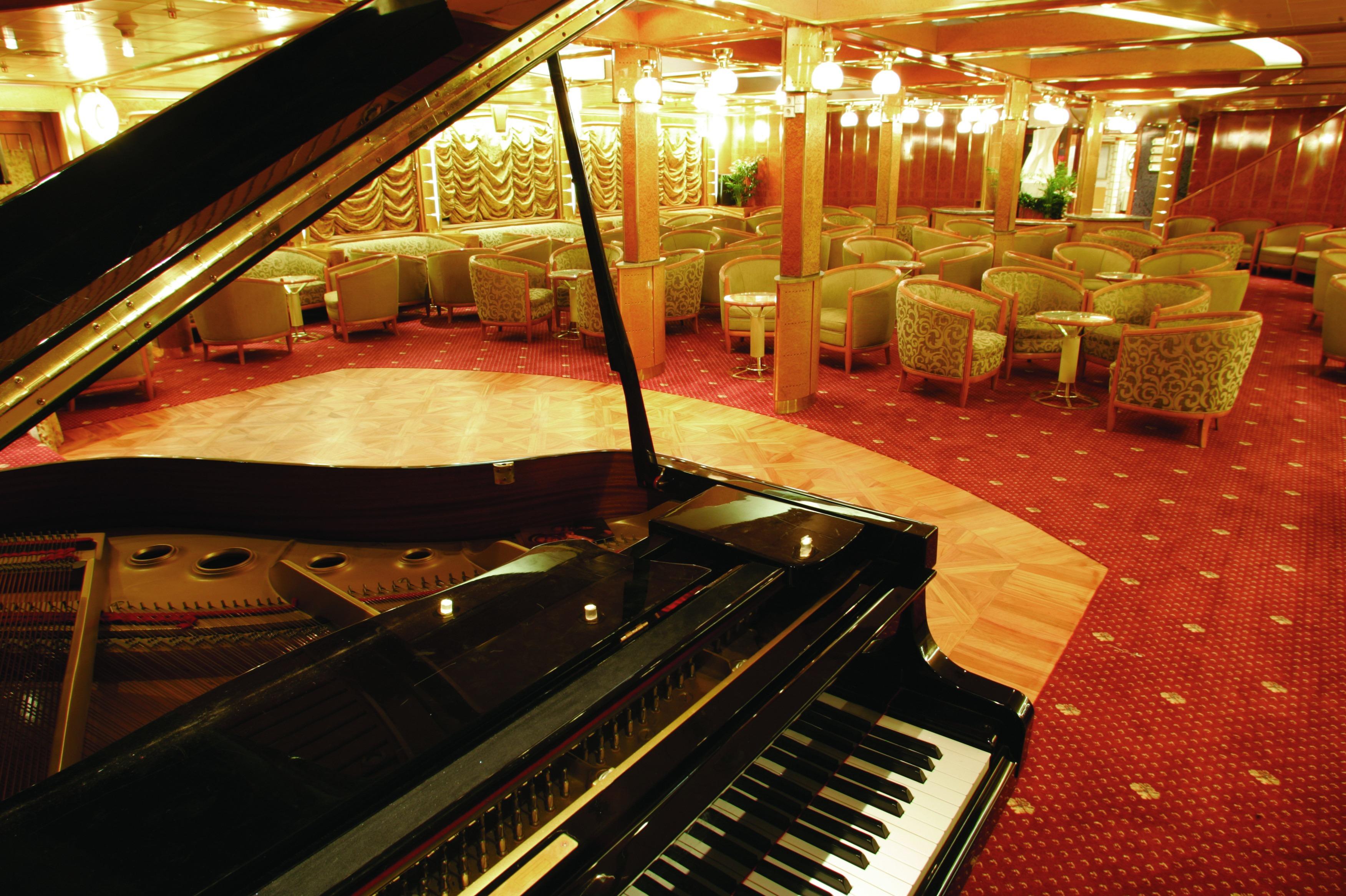 Hebridean Sky Piano Lounge
