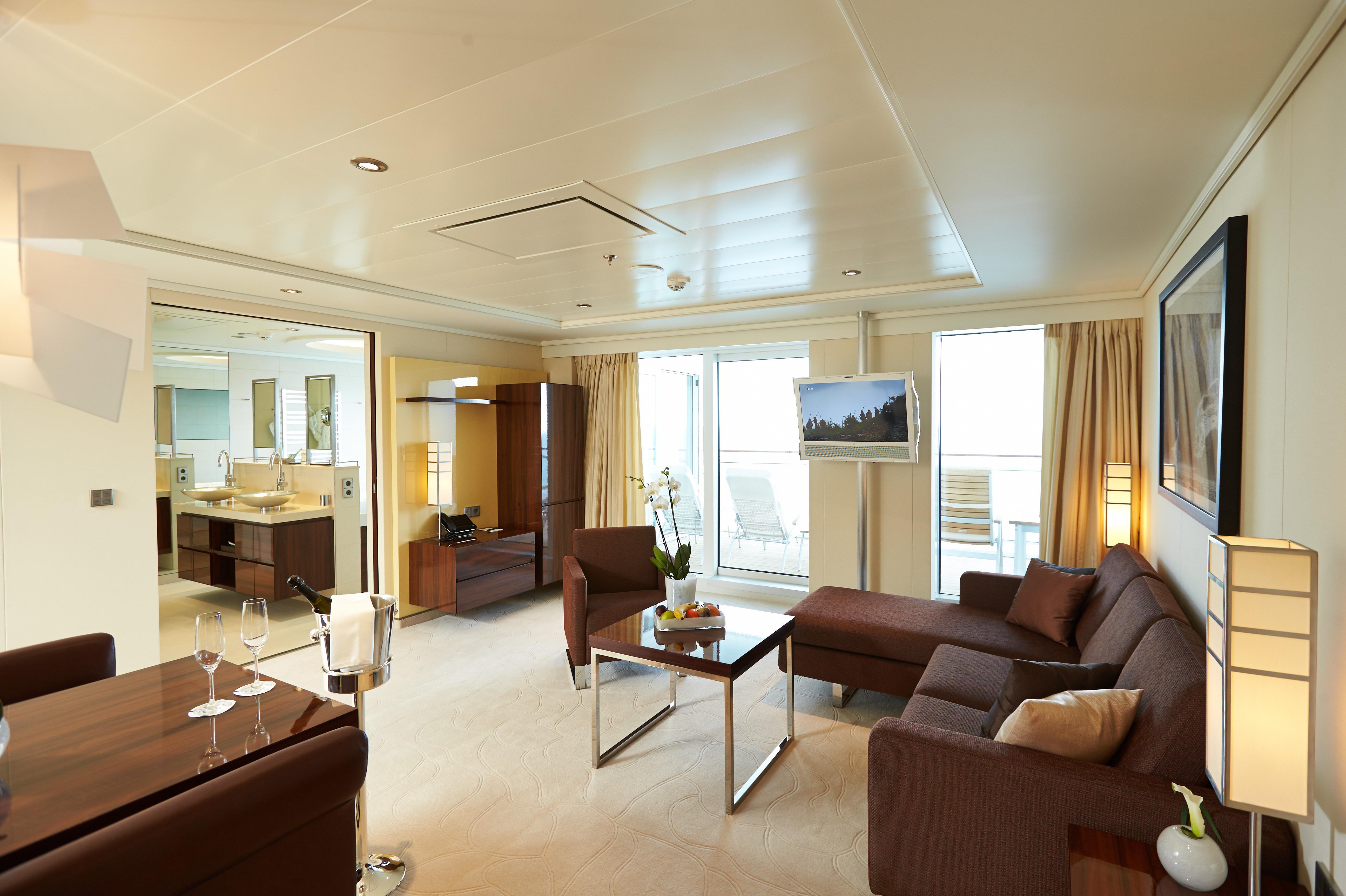 Europa 2 Grand Penthouse Suite