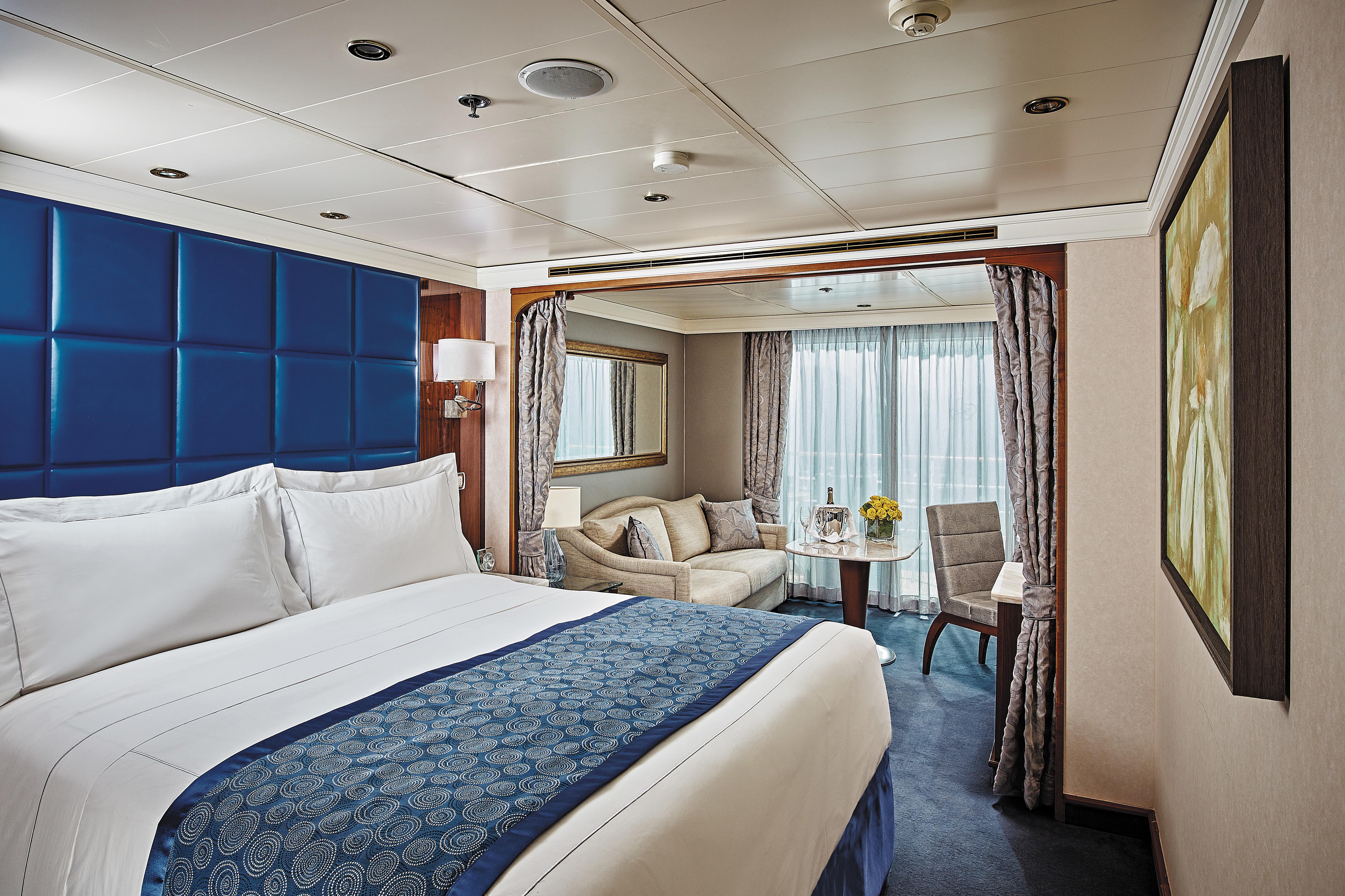 Regent Seven Seas Navigator - Deluxe Veranda Suite