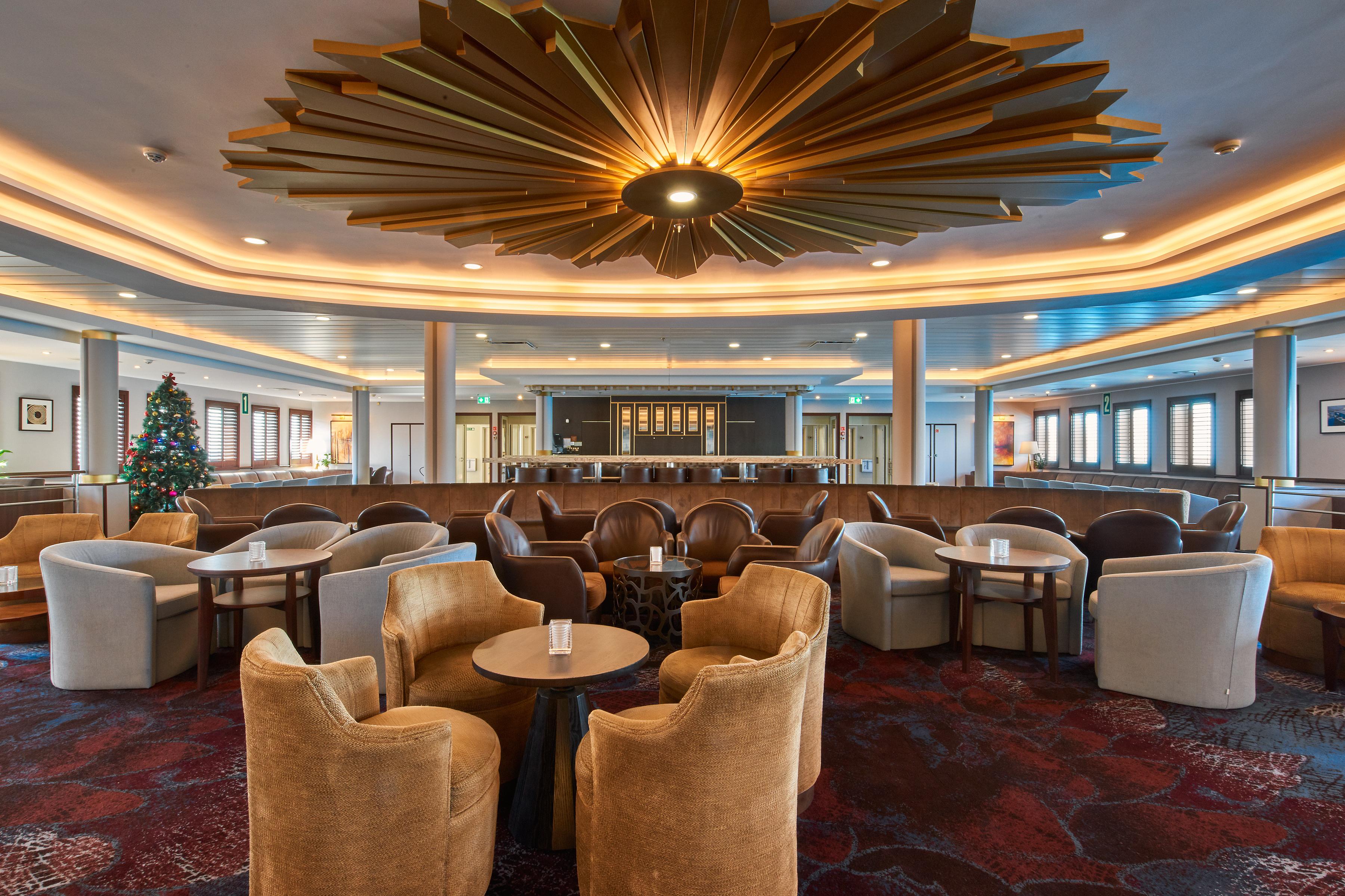 Windstar Cruises - Wind Surf - Lounge