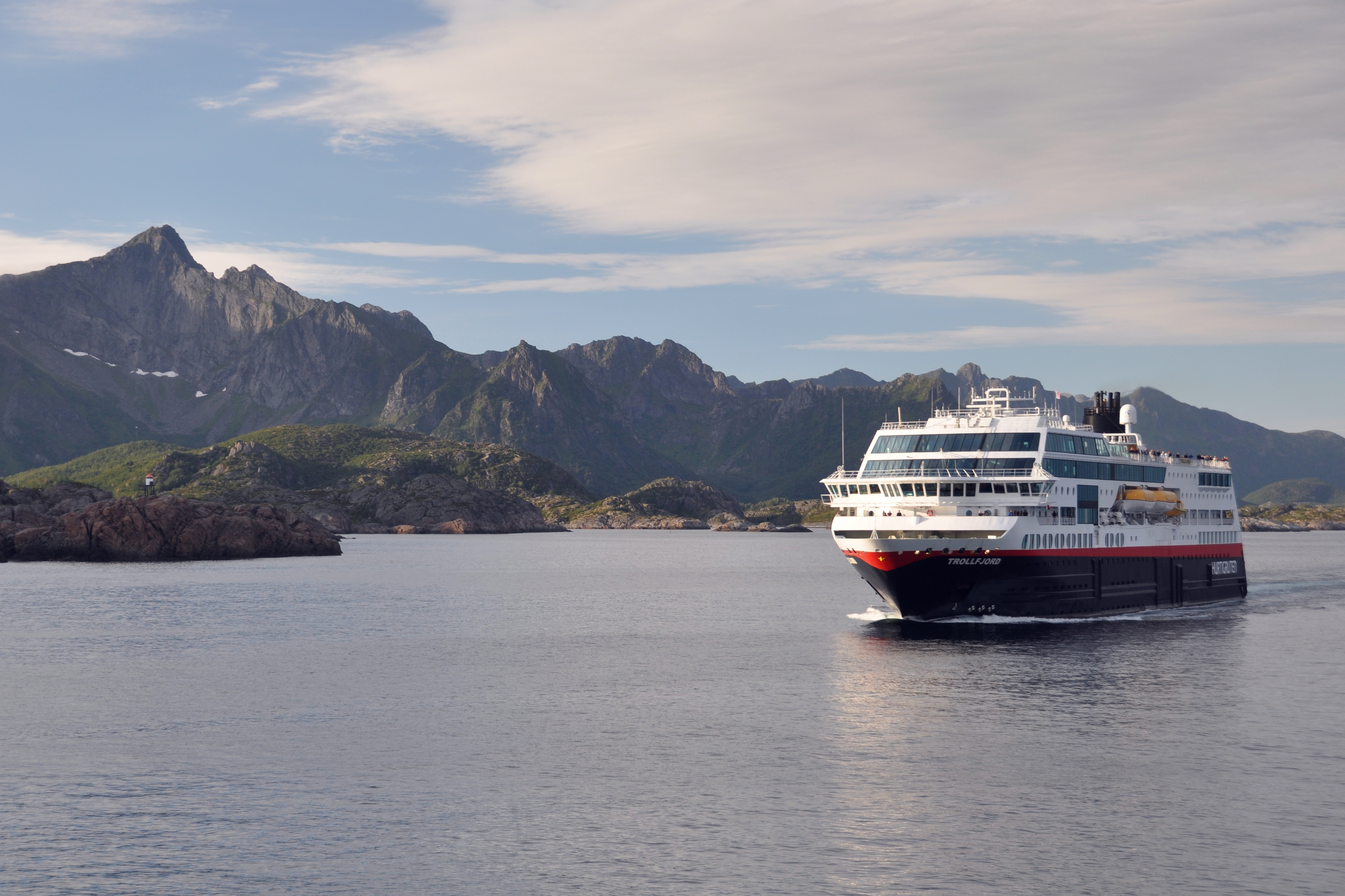 Hurtigruten - MS Trollfjord