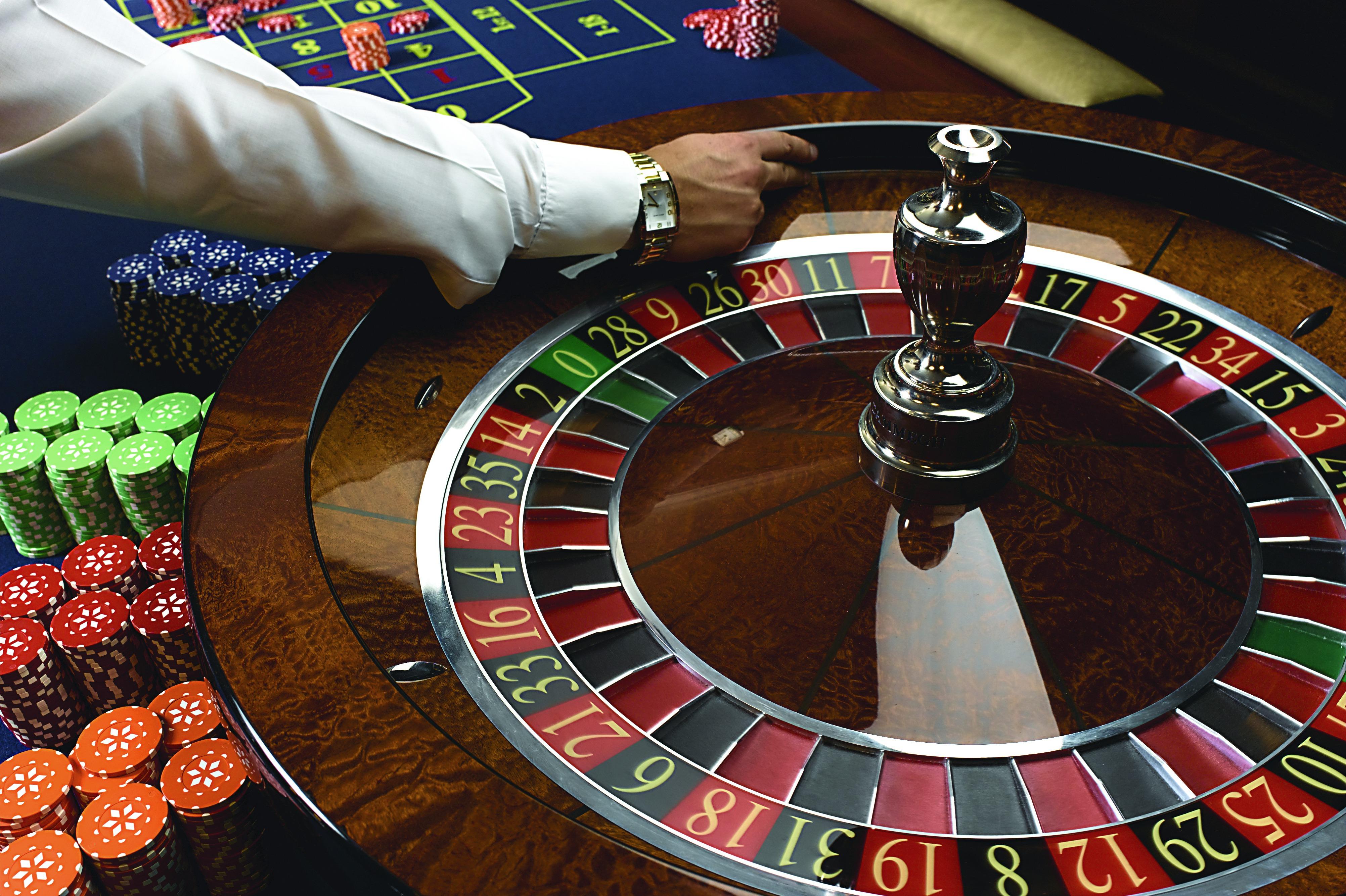 R Class Casino