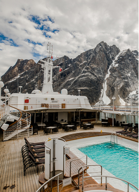 Silver Cloud visits Svalbard on the first ever expedition world cruise