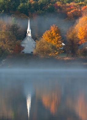 Experience the amazing fall colours on a Canada and New England cruises