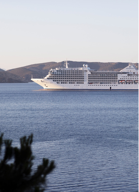 Silversea's new ship, Silver Moon - Read our Greek Islands cruise review to find out more