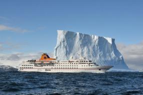 Hanseatic in Antarctica