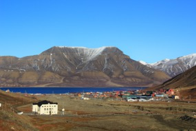 View of Longyearbyen with Huset in the foreground