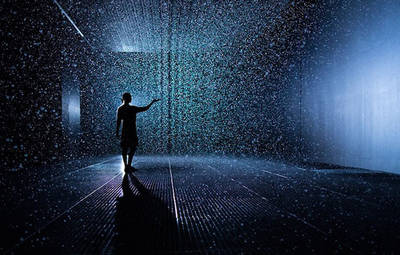 Index thumb random rain room barbican mouvement planant 04