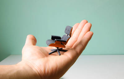Index thumb kevin spencer 3d eames chair 1