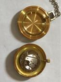 ساعة قديمة صناعة خاصة سويسريا