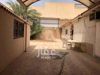 ارض للبيع حي العزيزية شارع جبل الصابح مساحة 500 متر مطلوب 600 الف للصامل