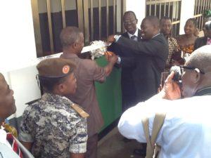 N8-Mondo_Togo-battesimi in prigione4