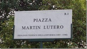 NA30-Protestantesimo_piazza Martin Lutero