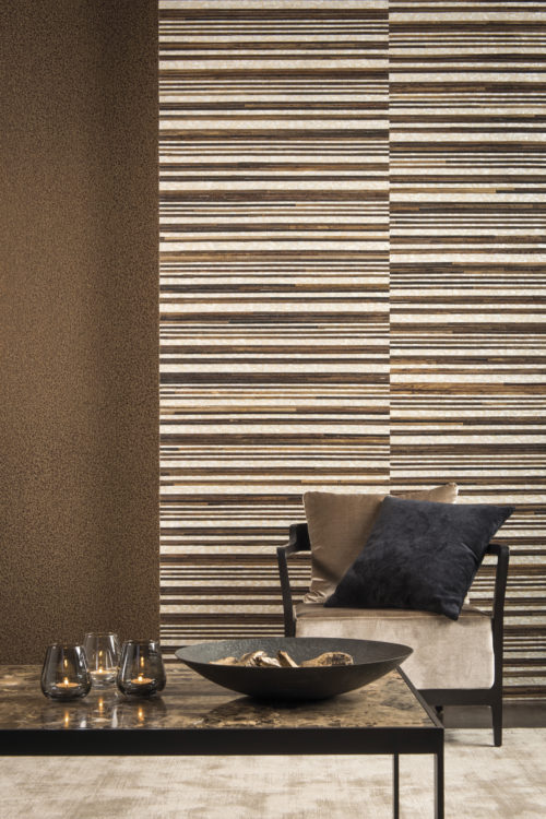 Capiz and wood on the walls here. They form beautiful natural stripes. A product made by craftsmen.