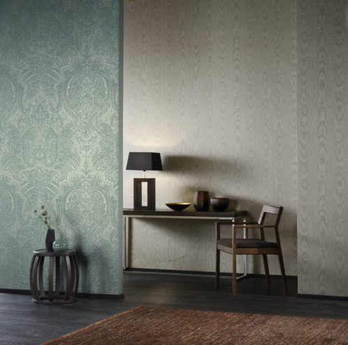 Like the gardens of Shalimar, near Lahore (Pakistan), the wallcovering collection Shalimar of Omexco took inspiration from the fusion of arab and persian influences. As a substrate for these wallcoverings, Omexco has chosen rayon warps, twined in a subtle way, thus creating a weave effect. The yarns on non-woven backing are available either plain, in a wide range of colours, or printed with ornamental motifs of oriental influence, floral designs, delicate moiré effects, faded stripes.