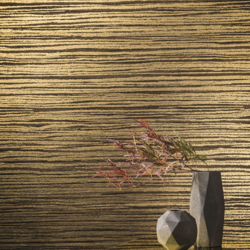 In the Capiz wallcovering collection, for each capiz item a group of matching nonwoven wallcoverings was created, making it possible to alternate colours and textures, structures and material. In this picture: the zebrano stripe.