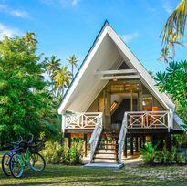 alphonse-island-bungalow-exterior