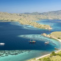 Travel Komodo National Park by Liveaboard