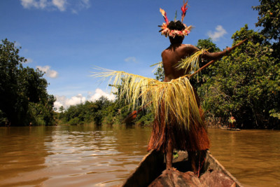 Paddling in the Sepik region