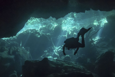 Yucuatan Cenotes Cave Diving