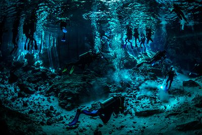 cenote cave diving mexico
