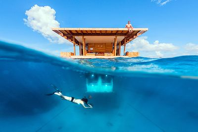 Manta Resort Underwater Room Tanzania