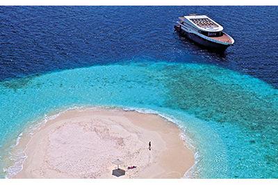 scuba-spa-boat