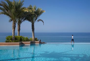 Pool at Shangiri- la Barr al Jissah, luxury hotel in Muscat, Oman