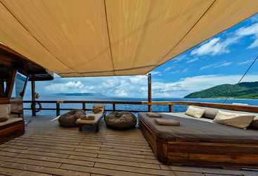 Damai_deck_view