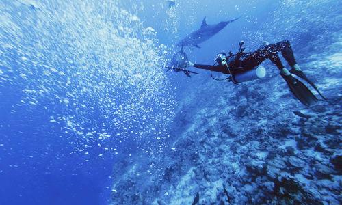 Diver in Rangiroa