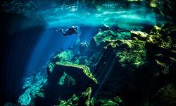Cenote Diving, Mexico