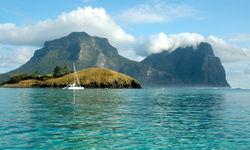 Sailing in the lagoon